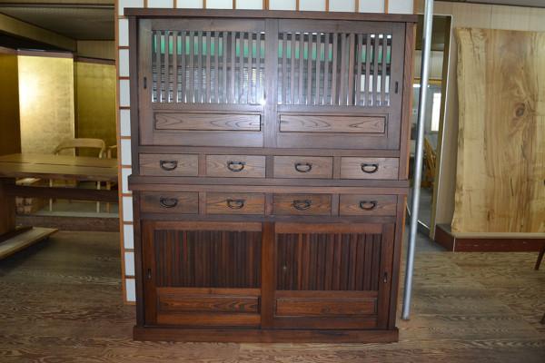 150欅総無垢漆塗水屋箪笥