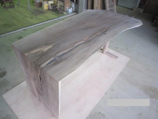ワンレグデスク (WN一枚板)  塗装前