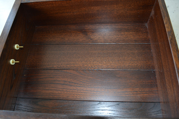 150欅総無垢漆塗水屋箪笥(内部)